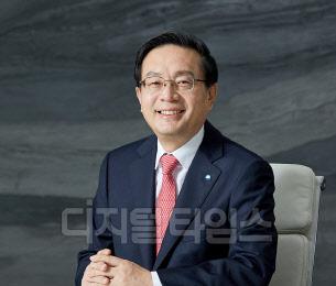 손태승 우리금융 회장, 해외서 잇딴 기업설명회